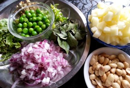 Poha Upma Recipe Maharashtrian Kanda Batata Pohe