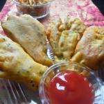 Kumro Phool Bhaja - Bengali Pumpkin Blossom Fritters Crispy Deep Fried