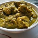 Nilgiri Chicken Korma Curry | Chicken In Nilgiri Green Masala Sauce